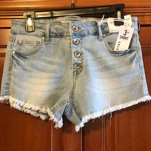 Celebrity Pink Jean Shorts Size 7 NWT